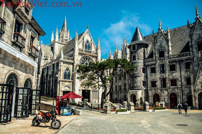 Tour Đà Nẵng - Hội An - Vinpearl Land Nam Hội An 3N2Đ