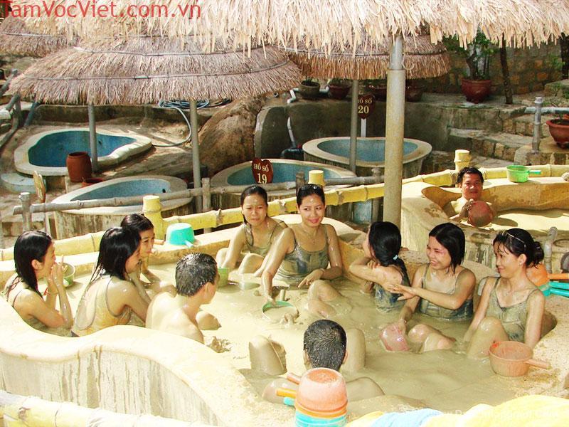 Tour Du Lịch Suối Khoáng Nóng Thanh Tân 2 Ngày 1 Đêm.