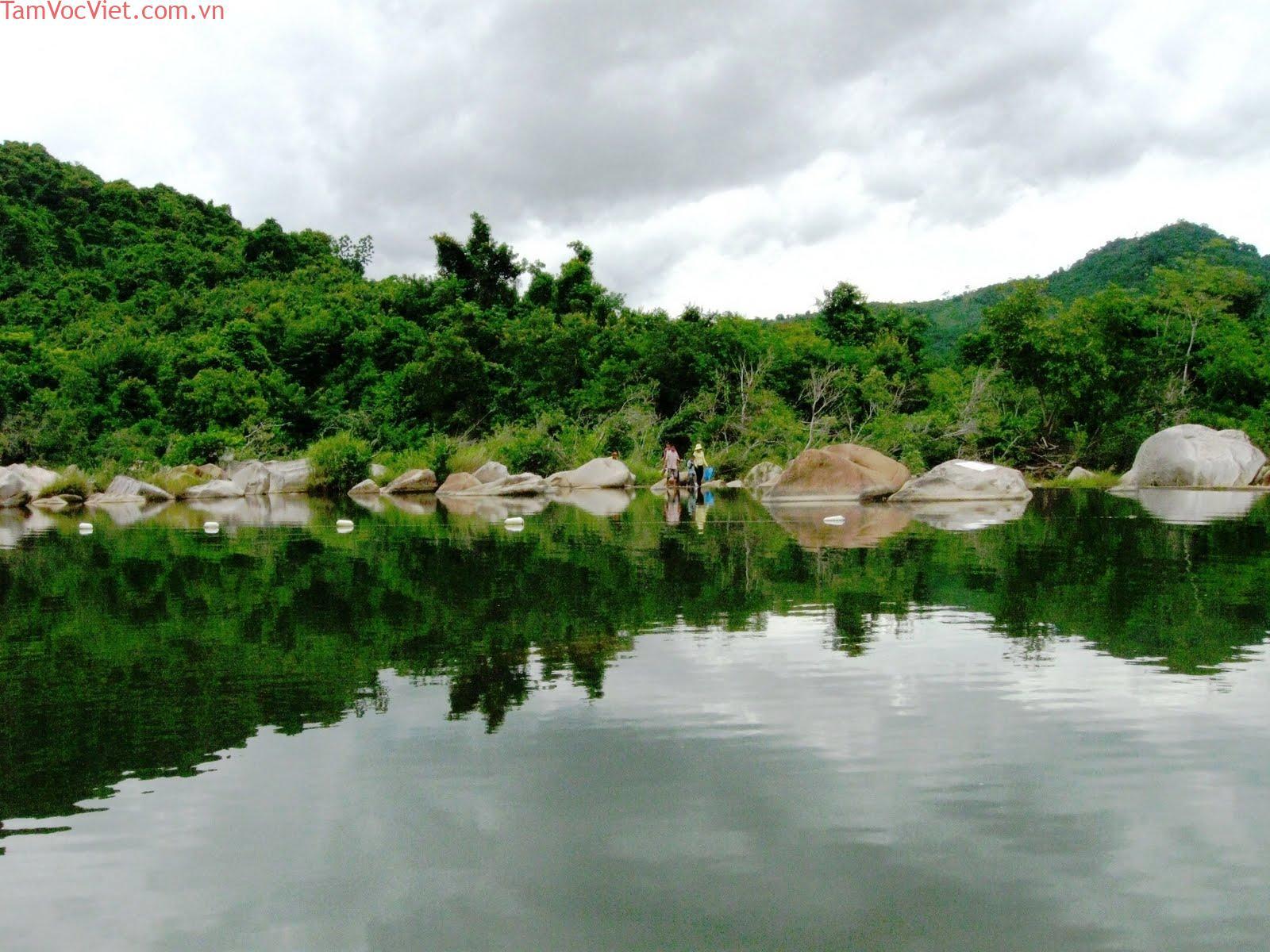 Tour Hà Nội - Quy Nhơn - Phú Yên 4 Ngày 3 Đêm.