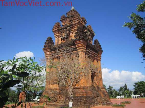 Tour Sài Gòn - Quy Nhơn 3 Ngày 2 Đêm