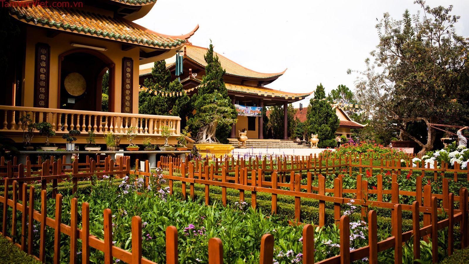 Tour Đà Nẵng – Kon Tum – Gia Lai – Daklak – Đà Lạt 5N4Đ